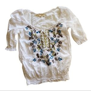 Hollister : sheer embroidered peasant blouse